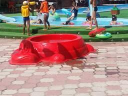 Бассейн - песочница для детей