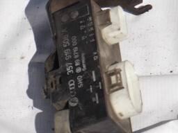 Блок управления вентиляторами VW Passat B3 B4 2. 8