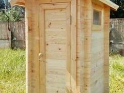 Дачный деревянный туалет