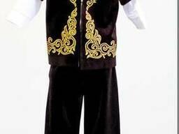Детский костюм с национальным орнаментом
