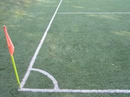Искусственный газон для футбольного поля.
