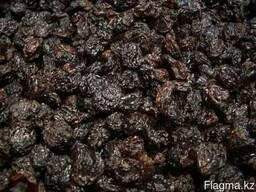 Изюм черный