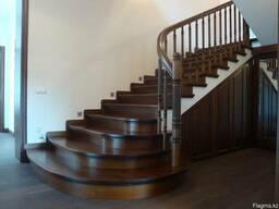 Лестницы из массива лиственных и хвойных пород древесины!