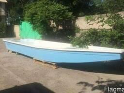 Лодка Wolf Craft 600