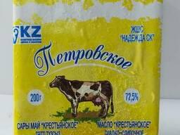 """Масло сладко-сливочное, несоленое натуральное """"Петровское"""""""