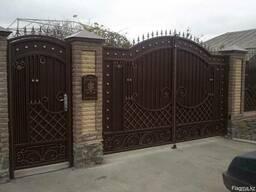 Металлические ворота в Алматы.