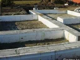 Монтаж ленточного монолитного и свайного фундаментов, опалубк