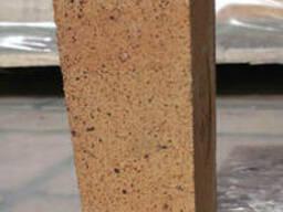 Огнеупорный шамотный кирпич ШБ-22, клиновый