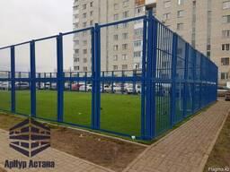 Ограждение спортивных площадок, синие