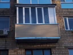 Обшивка балкона сайдингом. Низкие цены!Скидки