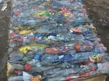 ПЭТ бутылки прессованные сортированные по цветам бело-голубы - фото 3