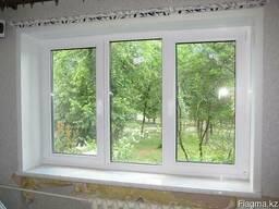 Пластиковые окна. Зал (кирпичные дома)