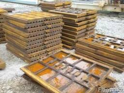 Плиты дробящие на СМД-108.