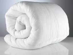 Покрывала, пледы, одеяла и подушки
