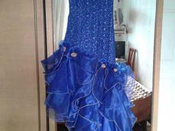 Продам новое вечернее платье Р.44-46 Цвет васильковый