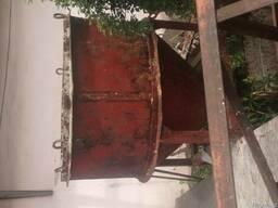 Продам подъемник, опалубку, бадью для бетона