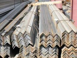 Продам стальные отводы, трубы и другие детали трубопровода.