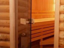 Стеклянная дверь для бани