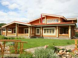 Строительство загородных домов из оцилиндрованных бревен