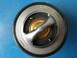 Термостат на экскаватор погрузчик Hitachi (Хитачи)