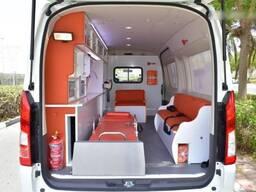 Toyota Hiace high roof GL 2.8l turbo diesel Ambulance - фото 6